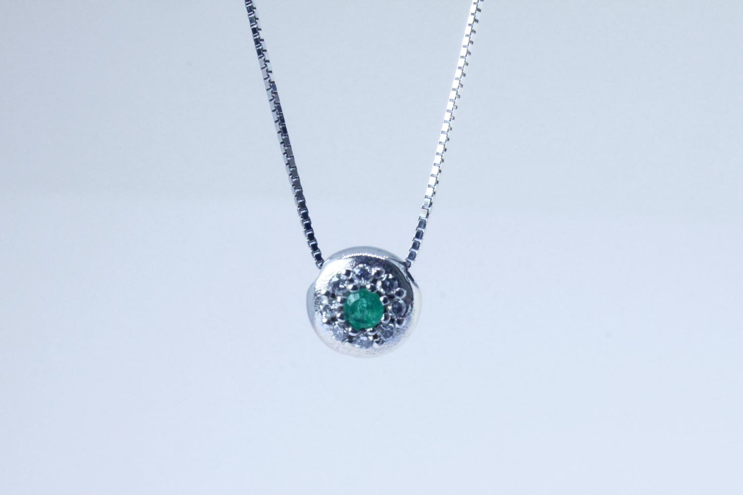 White gold pendant with diamonds and emerald Bold collection necklace 45-50 cm